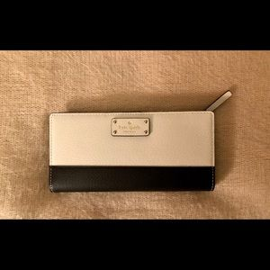 New Kate Spade Large Stacy Wallet